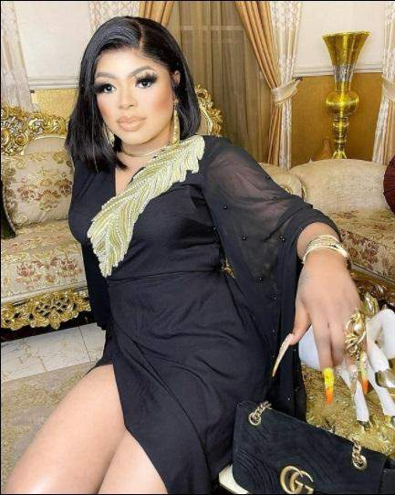 """Bobrisky calls him self the """"Richest ashewo"""" while flaunting jewelry worth N12.4M"""